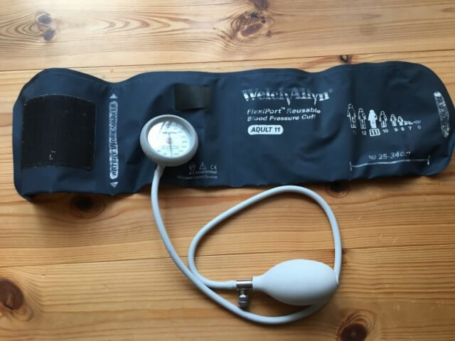 看護師におすすめのアネロイド血圧計(ウェルチ・アレン)
